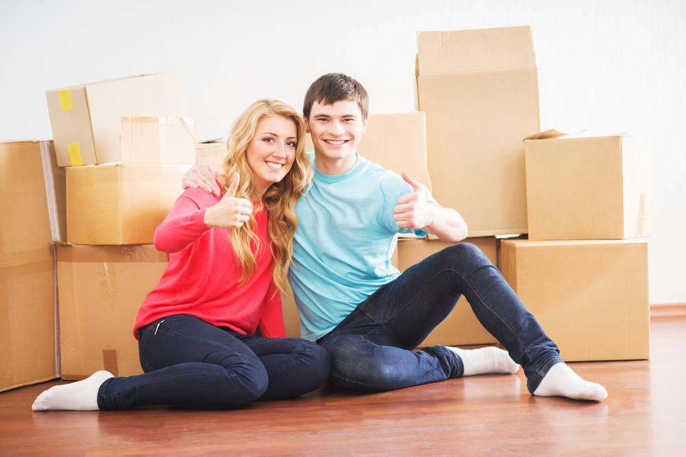 ungdomar-flyttar