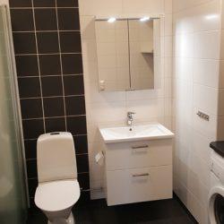 WC/Dusch med tvätt/torktumlare